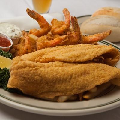 Schooner Lunch Features